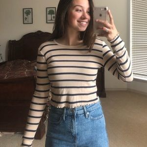 Cropped Shirt with Lettuce Trim